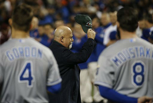 "<div class=""meta image-caption""><div class=""origin-logo origin-image none""><span>none</span></div><span class=""caption-text"">Singer Billy Joel tips his cap after singing the national anthem. (AP Photo/ Matt Slocum)</span></div>"