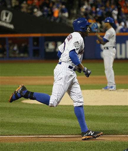 "<div class=""meta image-caption""><div class=""origin-logo origin-image none""><span>none</span></div><span class=""caption-text"">New York Mets' Curtis Granderson runs past Kansas City Royals pitcher Yordano Ventura after hitting a two run. (AP Photo/ Matt Slocum)</span></div>"