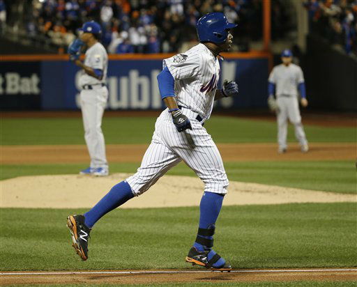 "<div class=""meta image-caption""><div class=""origin-logo origin-image none""><span>none</span></div><span class=""caption-text"">New York Mets' Curtis Granderson runs past Kansas City Royals pitcher Yordano Ventura after hitting a two run home run. (AP Photo/ Matt Slocum)</span></div>"