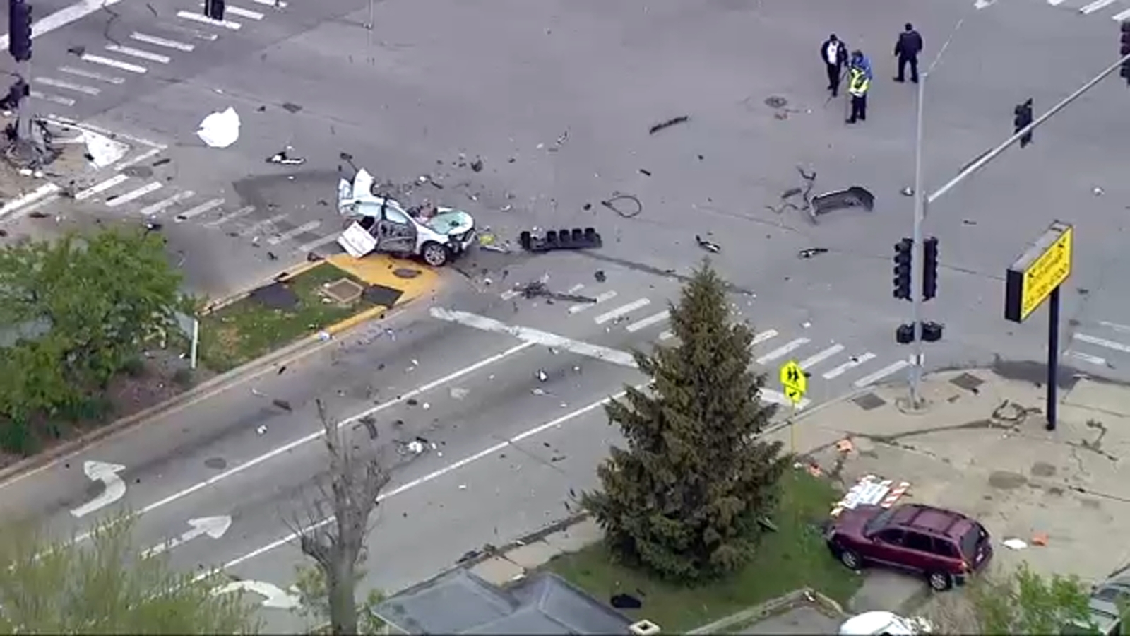 Joliet crash leaves 2 dead