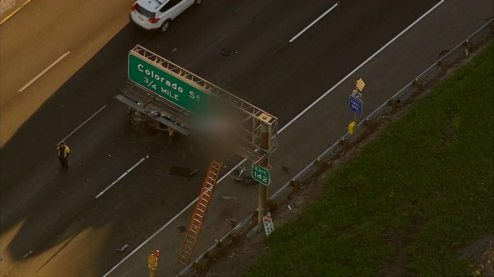 Victim ejected onto 5 Fwy sign after crash near Griffith Park