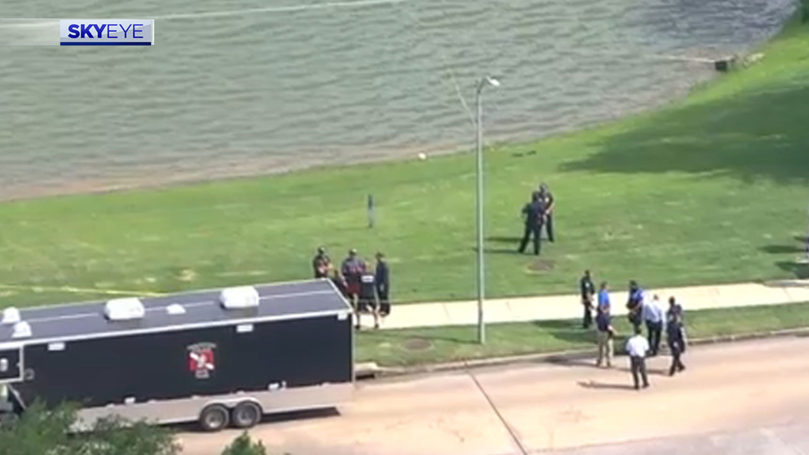 Missing mom Erica Hernandez's vehicle found submerged in Pearland pond