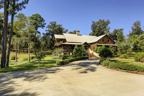 "<div class=""meta image-caption""><div class=""origin-logo origin-image none""><span>none</span></div><span class=""caption-text"">Located an hour northeast of Houston, this stunning custom estate lodge sits on 285 acres in Woodville. It's on the market for $2.3 million (PHOTO/TK IMAGES)</span></div>"