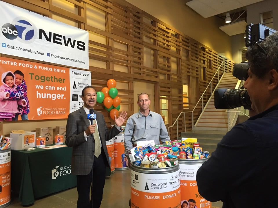 "<div class=""meta image-caption""><div class=""origin-logo origin-image none""><span>none</span></div><span class=""caption-text"">ABC7 Weather Anchor Spencer Christian and Redwood Empire Food Bank CEO David Goodman are seen at the nonprofit in Santa Rosa, Calif. on Monday, November 2, 2015. (KGO-TV)</span></div>"