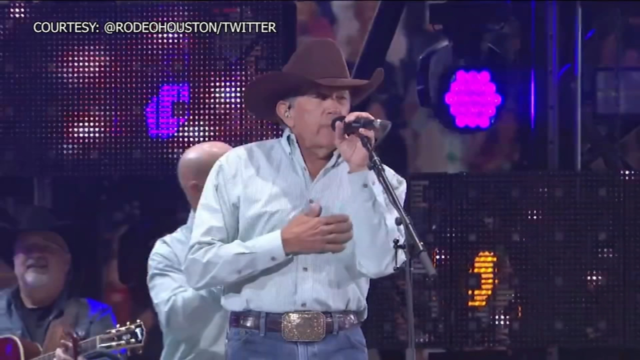 罗迪欧-休斯顿宣布2022年乔治-斯特雷特音乐会的票价(视频)