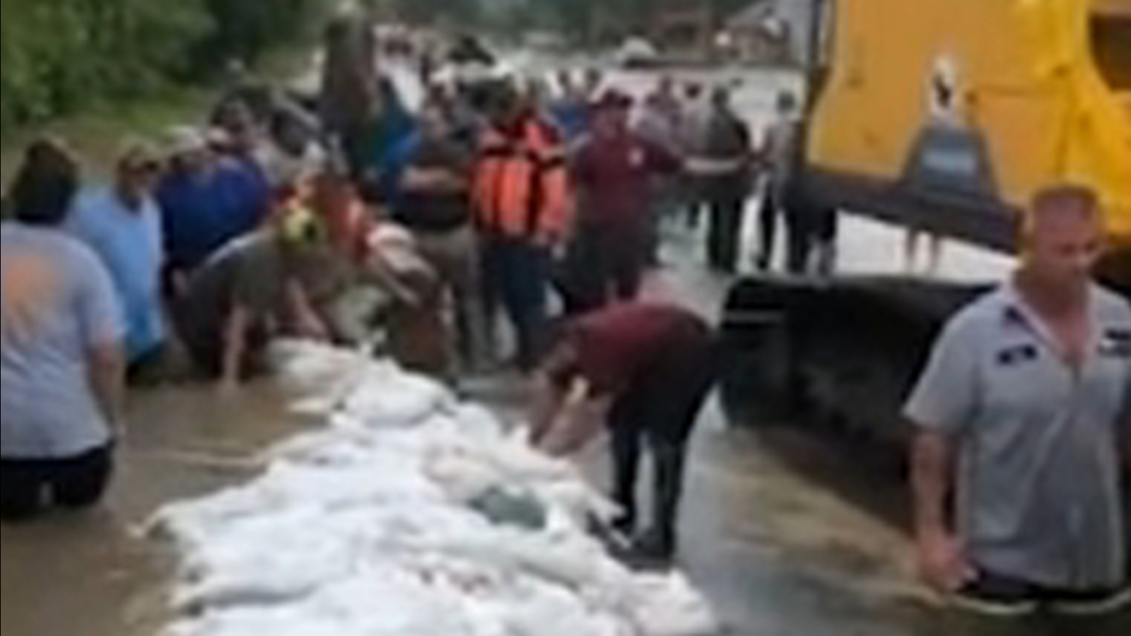 Hundreds ordered to evacuate after flood barriers fail in Louisiana parish