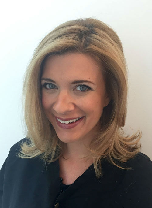 <div class='meta'><div class='origin-logo' data-origin='none'></div><span class='caption-text' data-credit='Photo/Rebecca Spera'>Tips from a style expert on how to get a fabulous looking blowout</span></div>