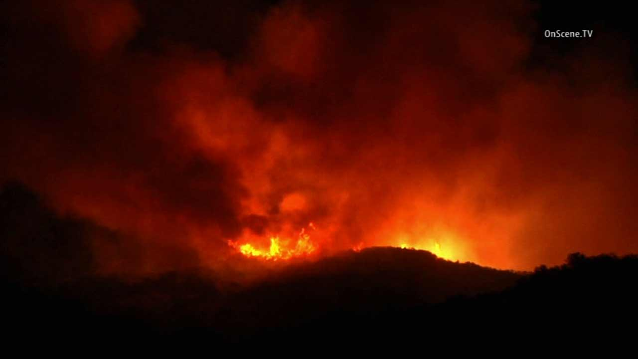 The Potrero Fire erupted at Trentwood Drive and Potrero Road in the Lake Sherwood area near Thousand Oaks on Saturday, Nov. 7, 2015.