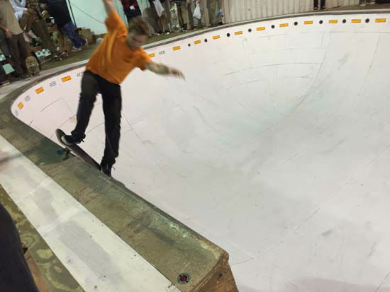 <div class='meta'><div class='origin-logo' data-origin='none'></div><span class='caption-text' data-credit='KTRK Photo/ Kirk Sowers'>Justin Grubbs with a smith grind on the pool copng.</span></div>