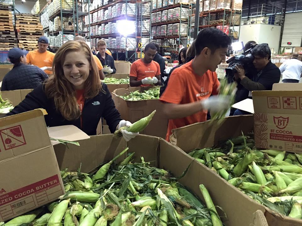 Give Where You Live 2015 Abc7 Thanksgiving Food Drive Abc7newscom