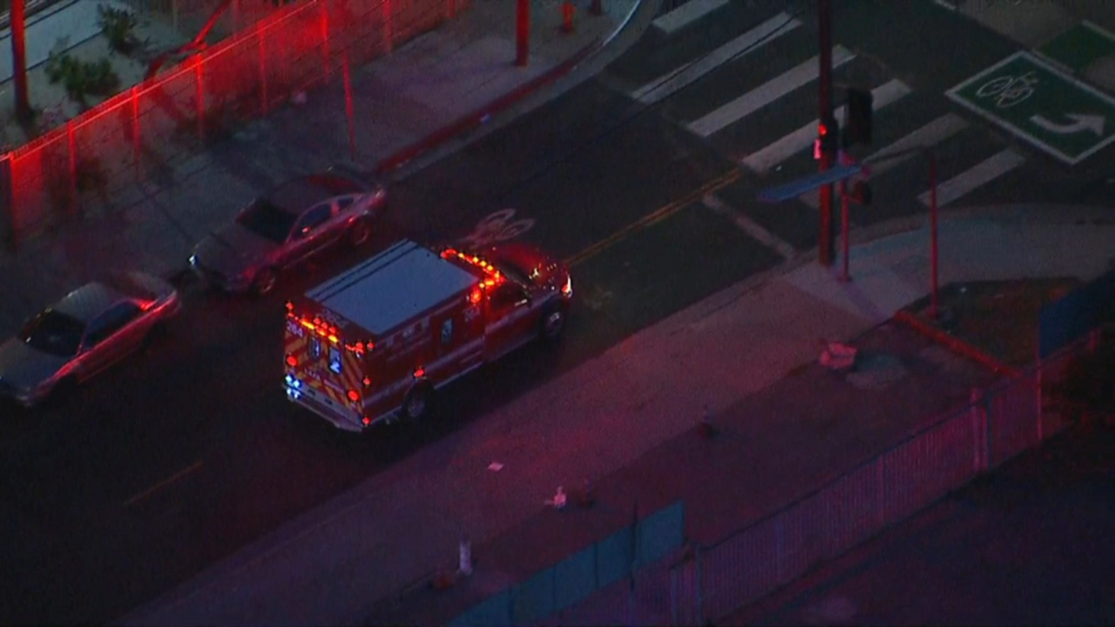Man killed, young girl injured by gunfire near South Los Angeles motel