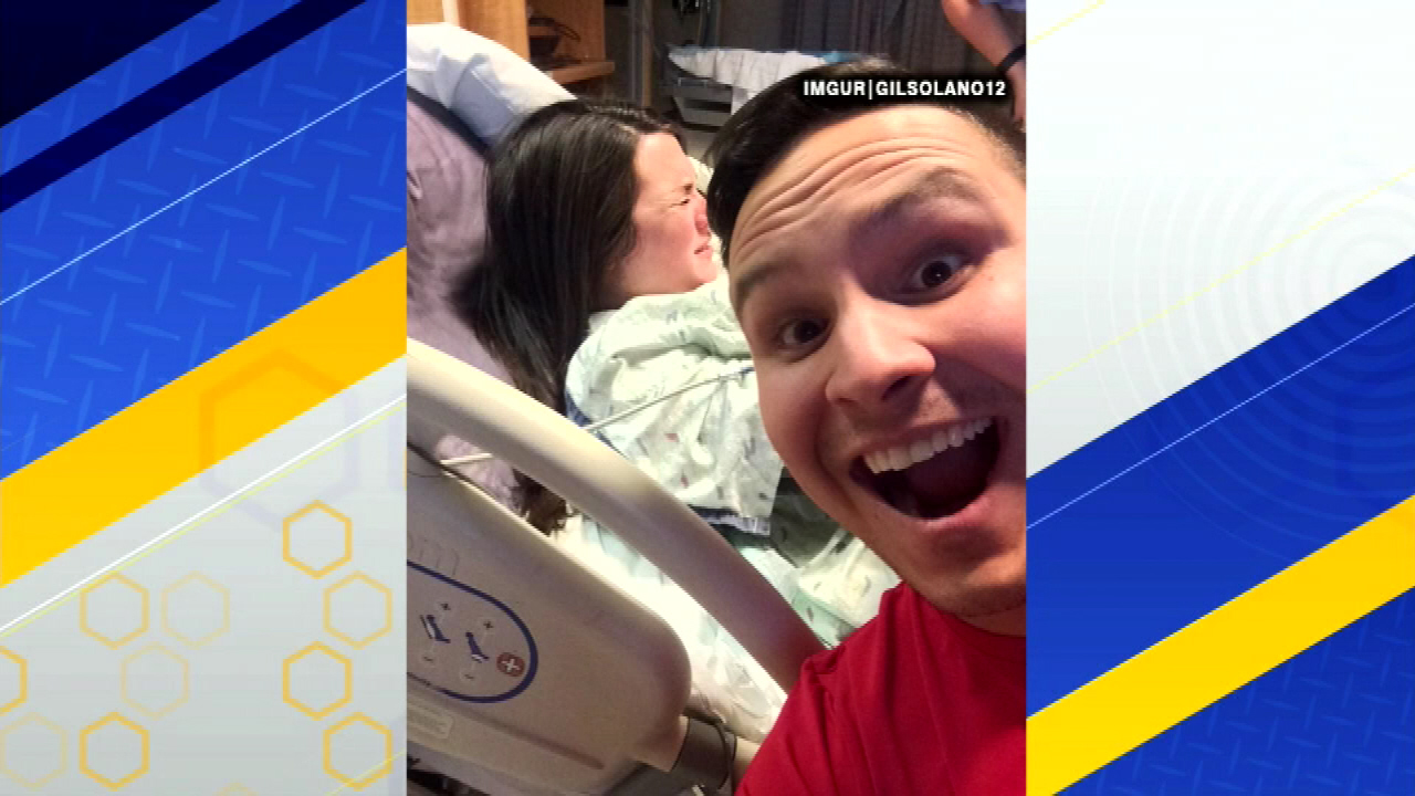 delivery room selfie