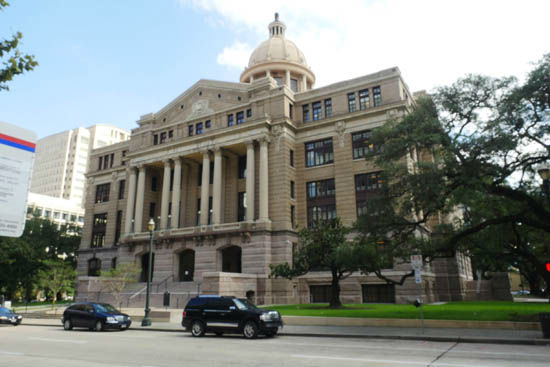 "<div class=""meta image-caption""><div class=""origin-logo origin-image none""><span>none</span></div><span class=""caption-text"">Harris County courthouse now (Photo/Sloane Gallery)</span></div>"