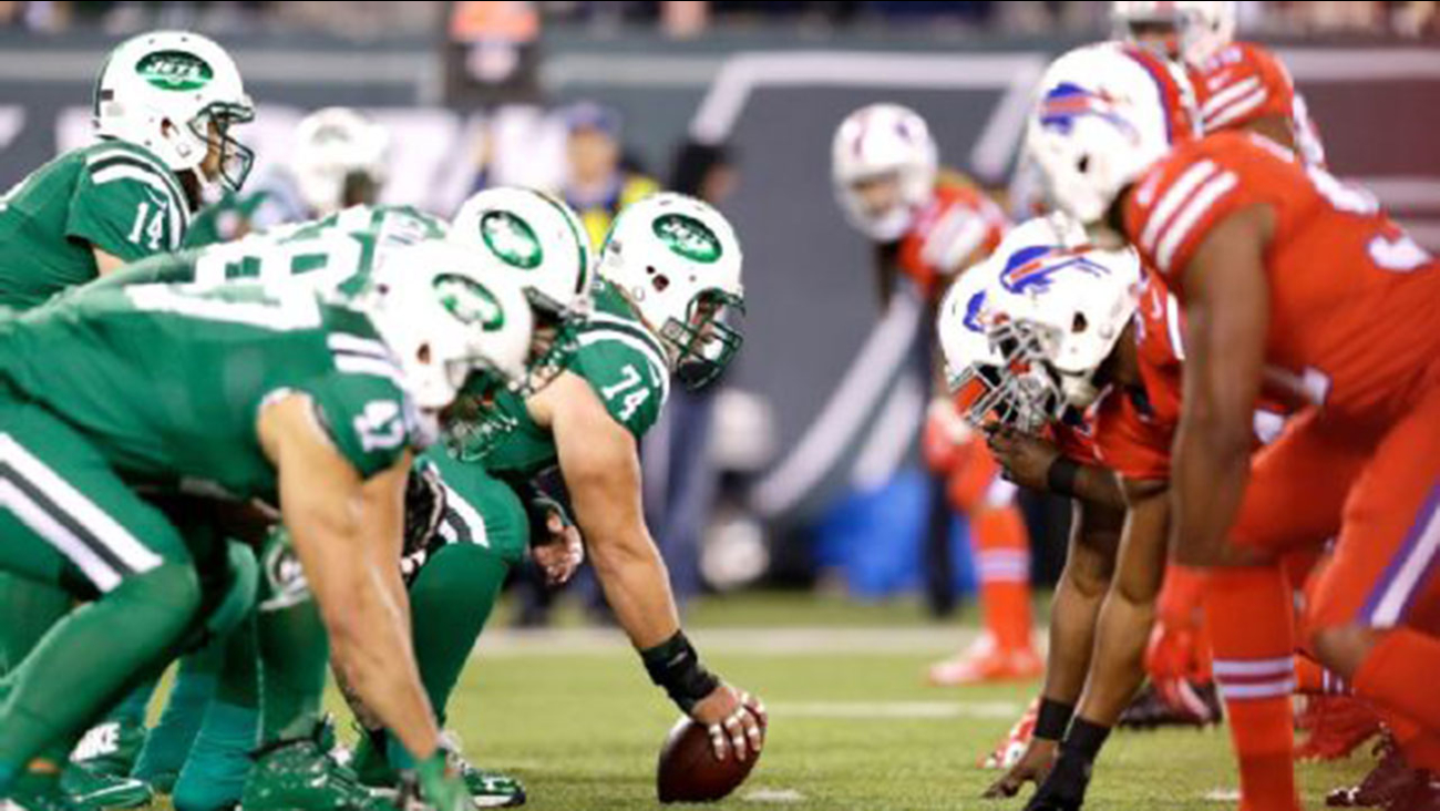 """The colors of the Jets' and Bills' """"Color Rush"""" jerseys proved to be a problem for fans who are colorblind."""