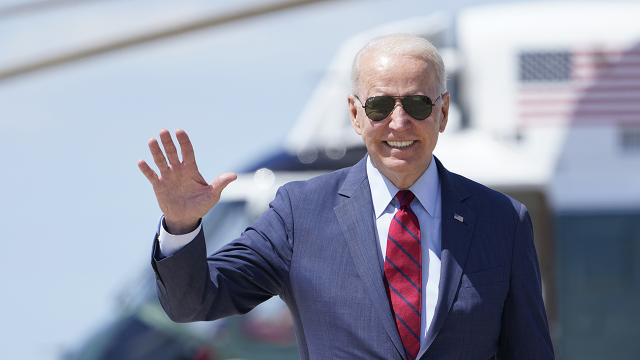 Biden set to announce COVID-19 vaccine push for all federal employees Thursday