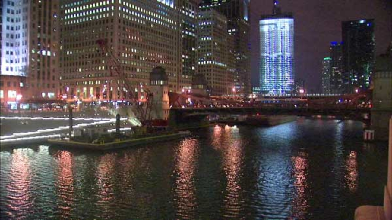 The LaSalle Street Bridge over the Chicago River will be closed from 7 p.m. Friday to 11 a.m. Tuesday.