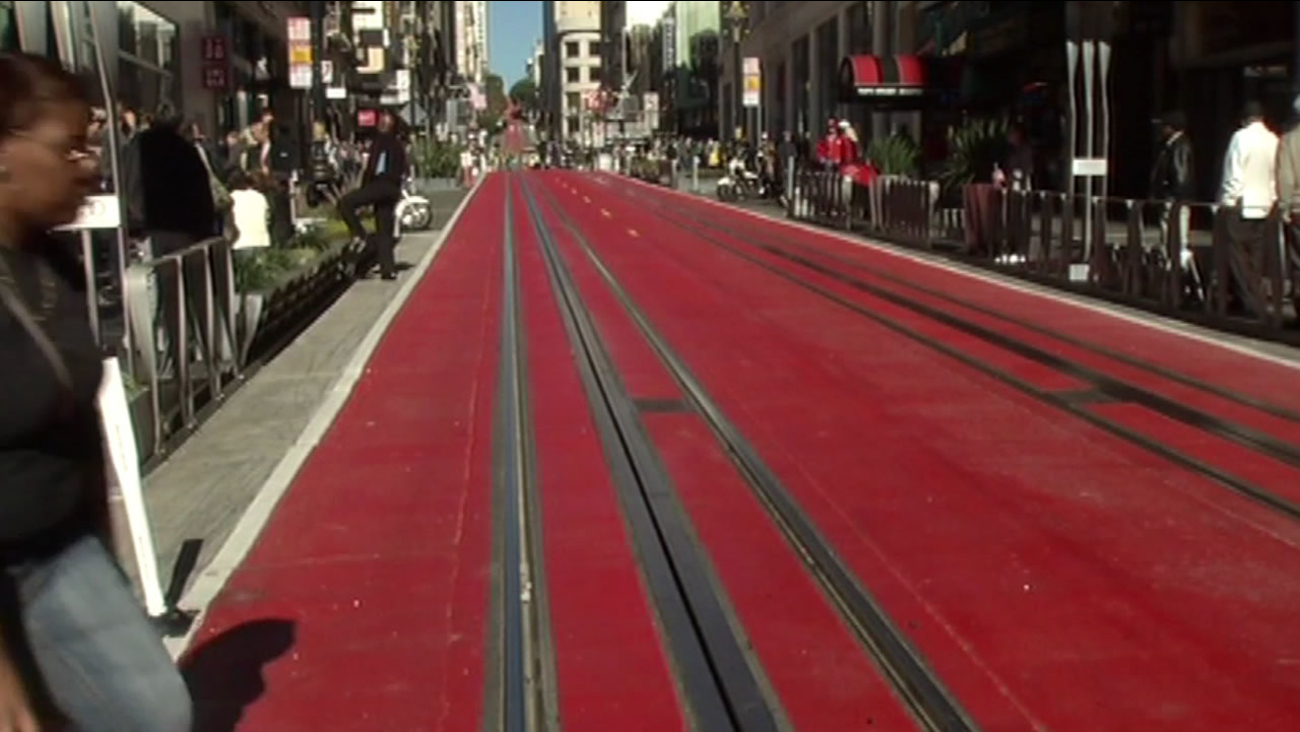 A two-block stretch around San Francisco's Union Square has been painted red, limiting car access for the next 18 months.
