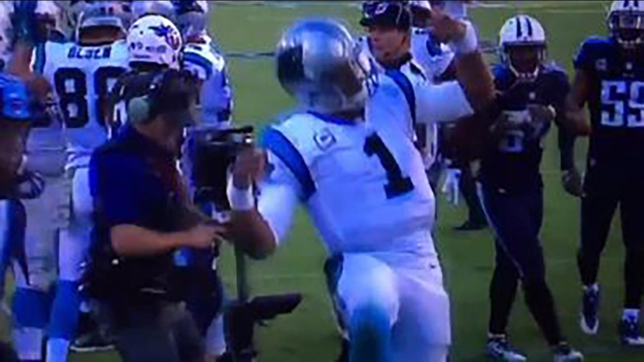 Cam Newton does a touchdown dance in the 4th quarter