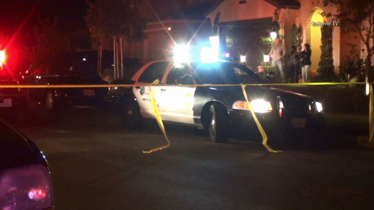 Los Angeles County sheriff's deputies responded to a shooting in a home in Valencia on Sunday, Nov. 15, 2015.