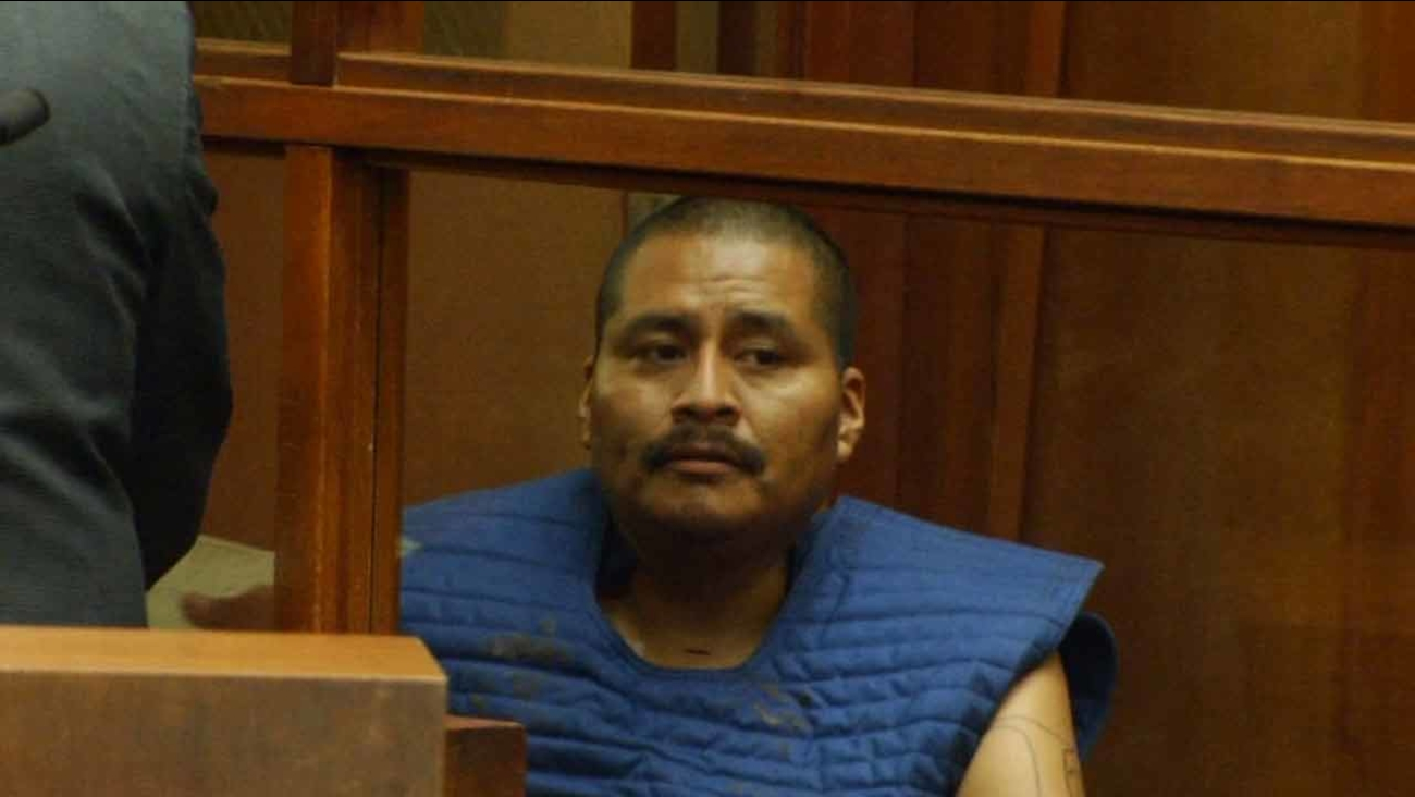 Luiz Fuentes in court on Sept. 19, 2015, for allegedly stabbing his 3 young sons in South Los Angeles.