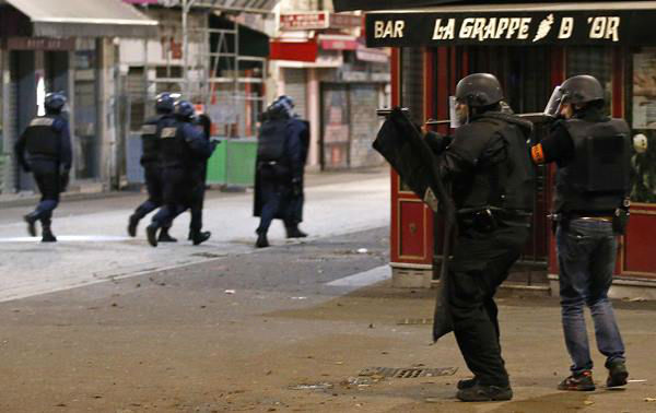 "<div class=""meta image-caption""><div class=""origin-logo origin-image none""><span>none</span></div><span class=""caption-text"">Police forces operate in Saint-Denis, a northern suburb of Paris, Wednesday, Nov. 18, 2015. (AP Photo/Francois Mori)</span></div>"