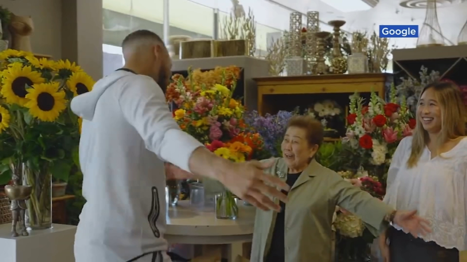 Warriors star Stephen Curry visits San Mateo 'sassy senior' florist in new video with Google - KGO-TV