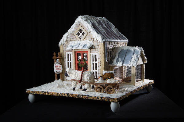 "<div class=""meta image-caption""><div class=""origin-logo origin-image none""><span>none</span></div><span class=""caption-text"">The Adult 3rd Place went to this creation by Suzanne Kanaly from Liberty Township, Ohio. (Courtesy The Omni Grove Park Inn)</span></div>"