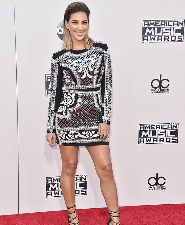 "<div class=""meta image-caption""><div class=""origin-logo origin-image ap""><span>AP</span></div><span class=""caption-text"">Liz Hernandez arrives at the American Music Awards at the Microsoft Theater on Sunday, Nov. 22, 2015, in Los Angeles. (Jordan Strauss/Invision/AP)</span></div>"