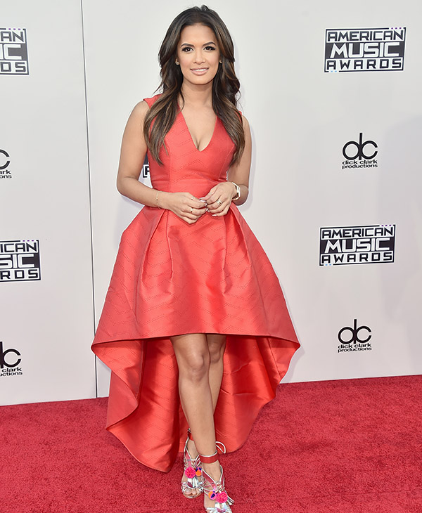 <div class='meta'><div class='origin-logo' data-origin='AP'></div><span class='caption-text' data-credit='Jordan Strauss/Invision/AP'>Rocsi Diaz arrives at the American Music Awards at the Microsoft Theater on Sunday, Nov. 22, 2015, in Los Angeles.</span></div>
