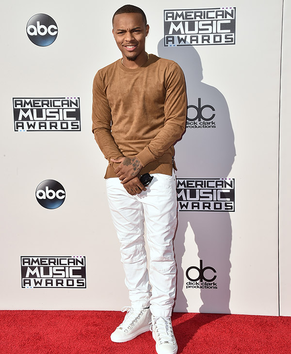 <div class='meta'><div class='origin-logo' data-origin='AP'></div><span class='caption-text' data-credit='Jordan Strauss/Invision/AP'>Shad Moss arrives at the American Music Awards at the Microsoft Theater on Sunday, Nov. 22, 2015, in Los Angeles.</span></div>
