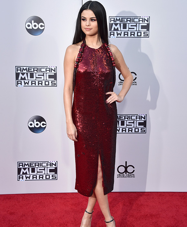 "<div class=""meta image-caption""><div class=""origin-logo origin-image none""><span>none</span></div><span class=""caption-text"">Recording artist Selena Gomez attends the 2015 American Music Awards at Microsoft Theater on November 22, 2015 in Los Angeles, California. (John Shearer/Getty Images)</span></div>"