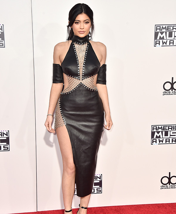 <div class='meta'><div class='origin-logo' data-origin='AP'></div><span class='caption-text' data-credit='Jordan Strauss/Invision/AP'>Kylie Jenner arrives at the American Music Awards at the Microsoft Theater on Sunday, Nov. 22, 2015, in Los Angeles.</span></div>