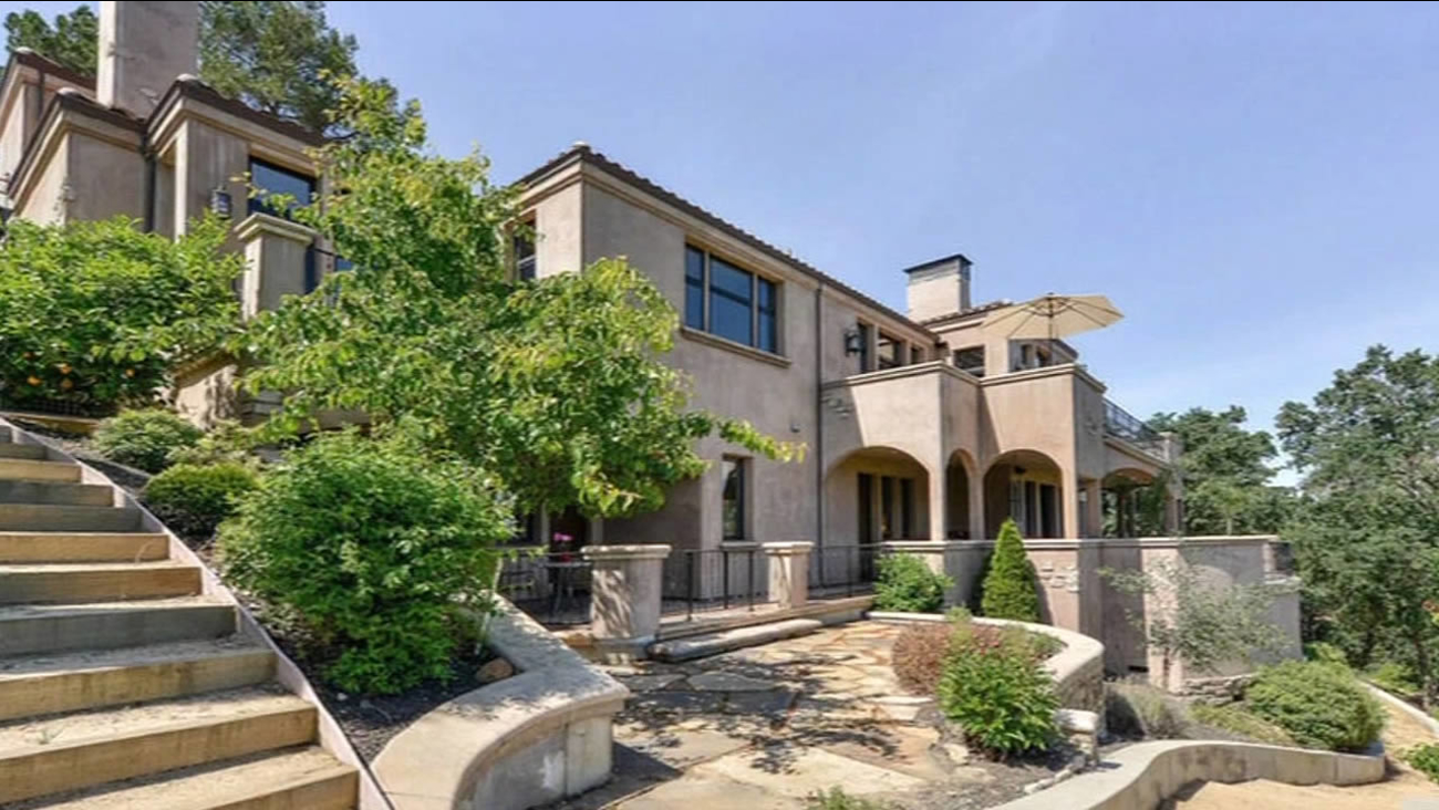 Steph Curry's $3.2 million mansion in Walnut Creek