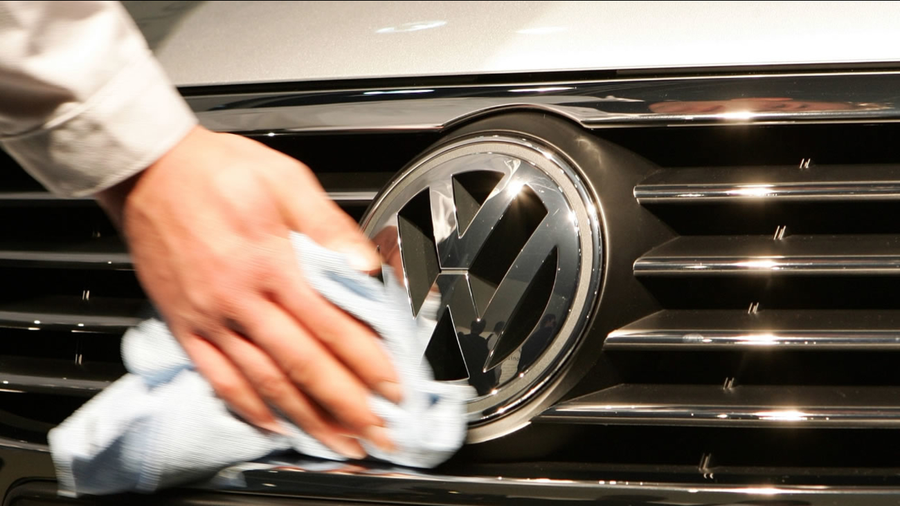 California air quality regulators are demanding fixes for up to 16,000 additional Volkswagen, Audi and Porsche diesels as the Volkswagen Group emissions scandal widens.