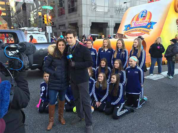"<div class=""meta image-caption""><div class=""origin-logo origin-image none""><span>none</span></div><span class=""caption-text"">Grand Marshall Carli Lloyd and GMA's Rob Marciano at the 2015 6abc/Dunkin' Donuts 2015 Thanksgiving Day Parade. (WPVI Photo)</span></div>"