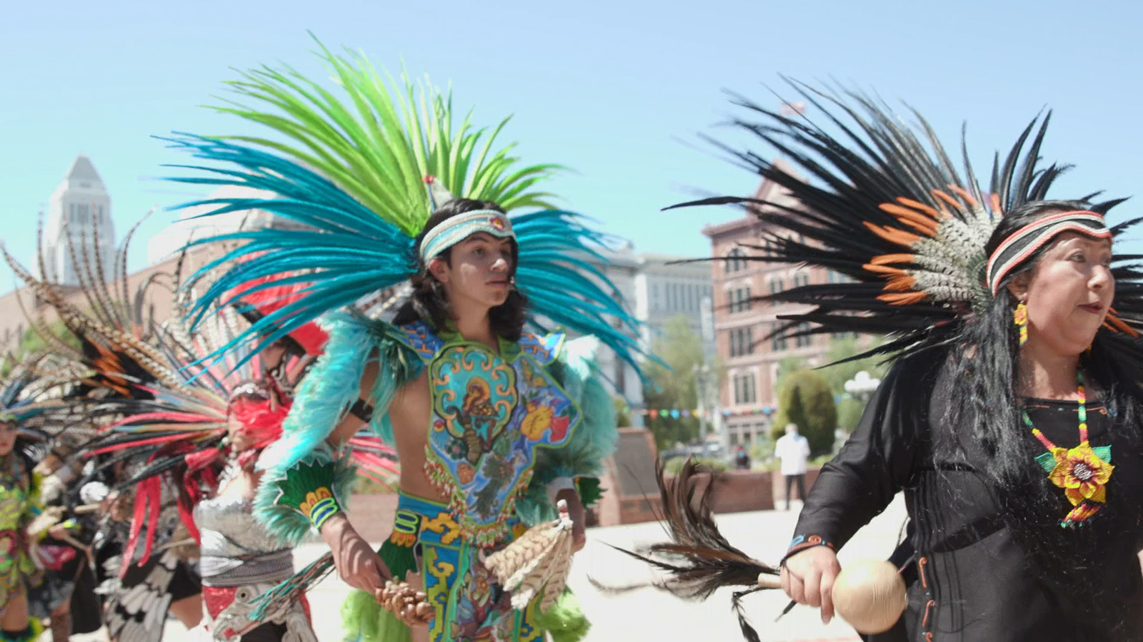 Localish LA celebrates Mexican Independence Day, visits East LA landmarks and eateries - KABC-TV