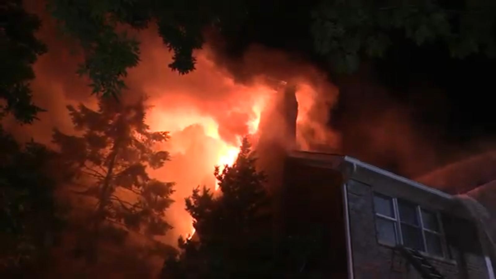 Massive fire destroys Burr Ridge home, estimated half-million in damage, officials say