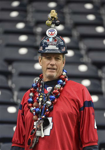 "<div class=""meta image-caption""><div class=""origin-logo origin-image none""><span>none</span></div><span class=""caption-text"">A Houston Texans fan shows his support before an NFL football game against the New Orleans Saints (AP Photo/ Eric Christian Smith)</span></div>"