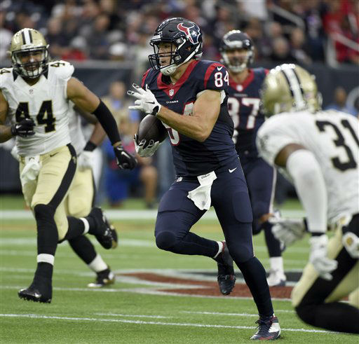 "<div class=""meta image-caption""><div class=""origin-logo origin-image none""><span>none</span></div><span class=""caption-text"">Houston Texans tight end Ryan Griffin (84) runs for a first down after catching a pass (AP Photo/ Eric Christian Smith)</span></div>"