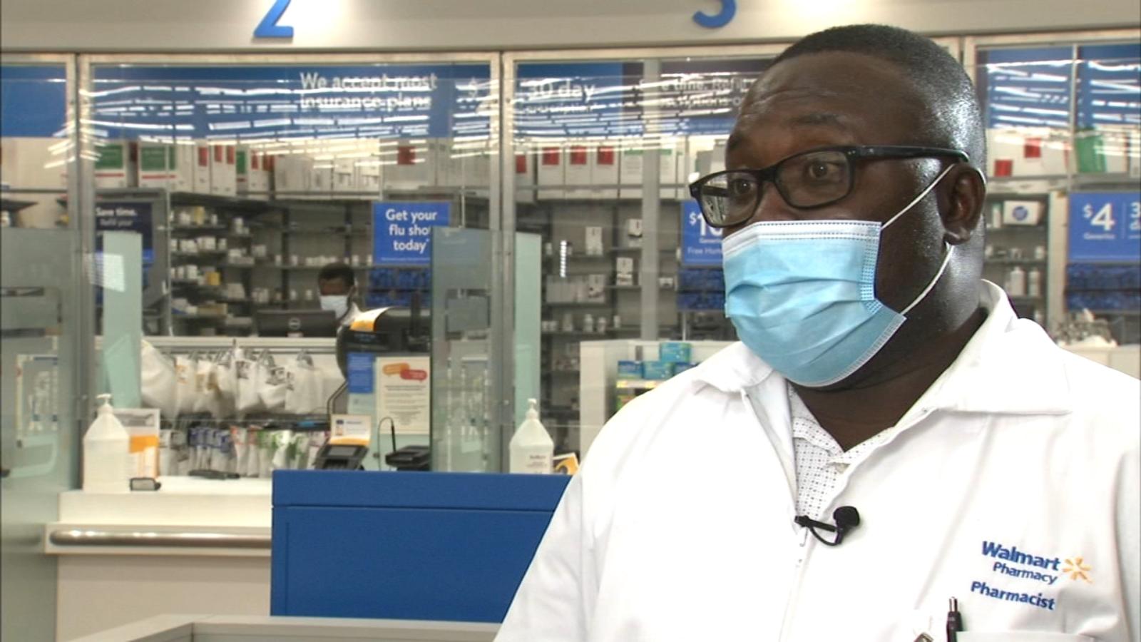 Chicago Walmart pharmacist brings life-saving meds to high-risk seniors during pandemic
