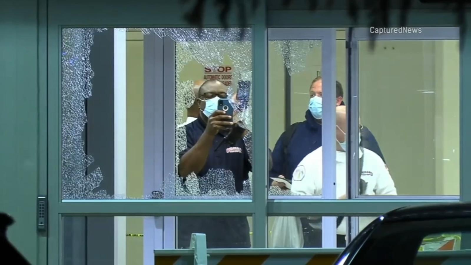 Chicago shootings: 43 shot, 5 fatally, in weekend gun violence