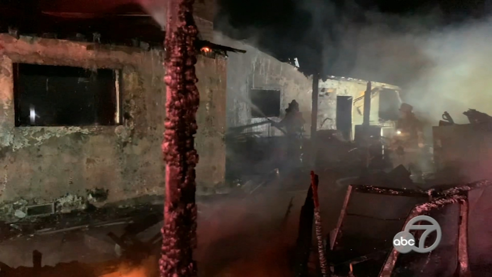 2-alarm fire displaces 2 families in Bay Point