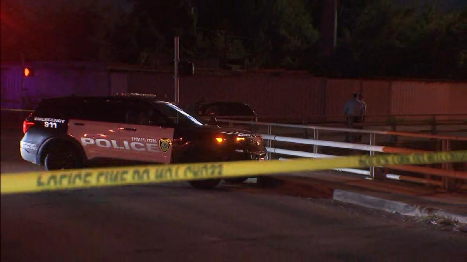 Man shot, killed in apparent road rage