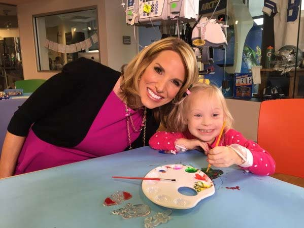 "<div class=""meta image-caption""><div class=""origin-logo origin-image none""><span>none</span></div><span class=""caption-text"">Ilona Carson: Meet my sweet new friend Kenley @TexasChildrens and standby for more on a big new partnership we have! #abc13</span></div>"
