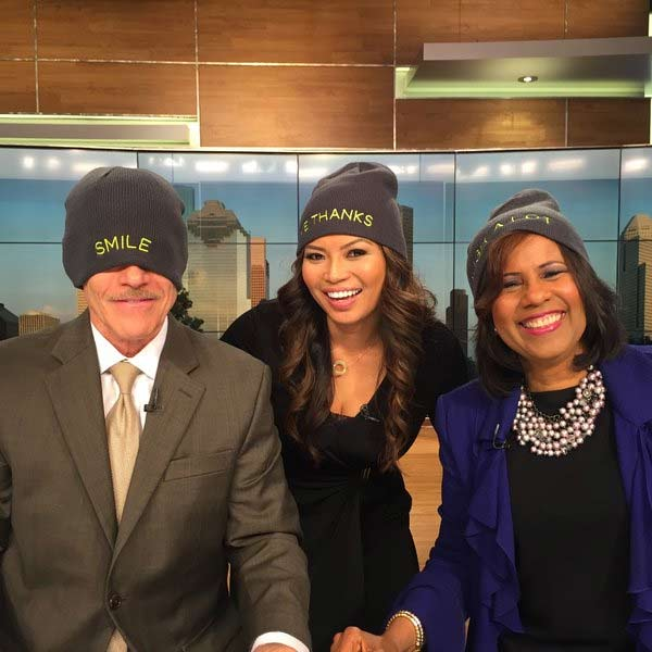 "<div class=""meta image-caption""><div class=""origin-logo origin-image none""><span>none</span></div><span class=""caption-text"">@MelanieLawson13 @tomkochnews and @ABC13Elita supporting @StJude with #TheGivingHat</span></div>"