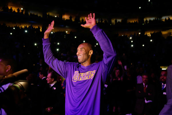 "<div class=""meta image-caption""><div class=""origin-logo origin-image none""><span>none</span></div><span class=""caption-text"">Los Angeles Lakers' Kobe Bryant acknowledges the audience ahead of a basketball game against the Philadelphia 76ers Tuesday, Dec. 1, 2015, in Philadelphia. (Photo/Matt Rourke)</span></div>"