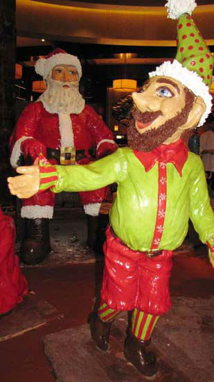 "<div class=""meta image-caption""><div class=""origin-logo origin-image none""><span>none</span></div><span class=""caption-text"">Santa and one of his elves sculpted in chocolate at the Hilton Americas-Houston. (KTRK Photo)</span></div>"