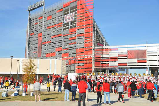 "<div class=""meta image-caption""><div class=""origin-logo origin-image none""><span>none</span></div><span class=""caption-text"">Photos from inside and outside TDECU Stadium before Saturday's Temple-Houston AAC championship game.  Send your pics to news@abc13.com (Photo/ABC13)</span></div>"