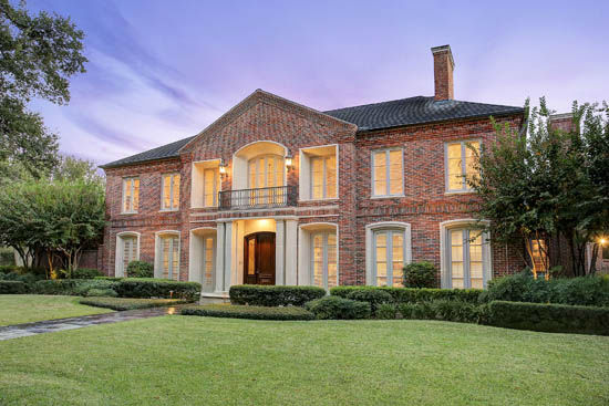 "<div class=""meta image-caption""><div class=""origin-logo origin-image none""><span>none</span></div><span class=""caption-text"">This stunning Tanglewood estate, designed by renowned architect Elby S. Martin, is on the market for $3.3 million. (Photo/TK IMAGES)</span></div>"