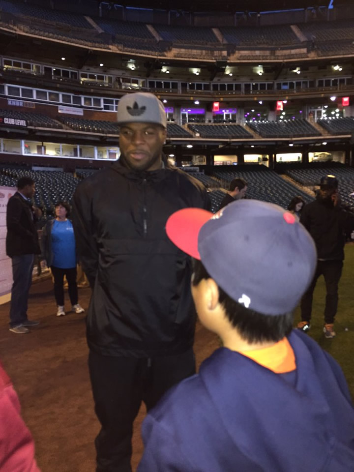 "<div class=""meta image-caption""><div class=""origin-logo origin-image none""><span>none</span></div><span class=""caption-text"">49ers star Carlos Hyde gave ABC7 Anchor Kristen Sze's son this advice, ""Stick to baseball, more money less pain!"" at the Holiday Heroes event in San Francisco on December 7, 2015. (Kristen Sze/KGO-TV)</span></div>"
